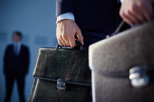 Nowa ustawa przewiduje wprowadzenie też nowego stanowiska – szefa służby zagranicznej