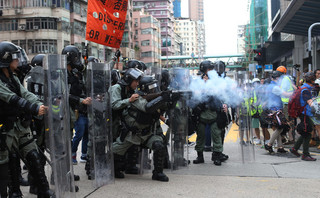 'USA głęboko zaniepokojone ruchami sił paramilitarnych pod Hongkongiem'