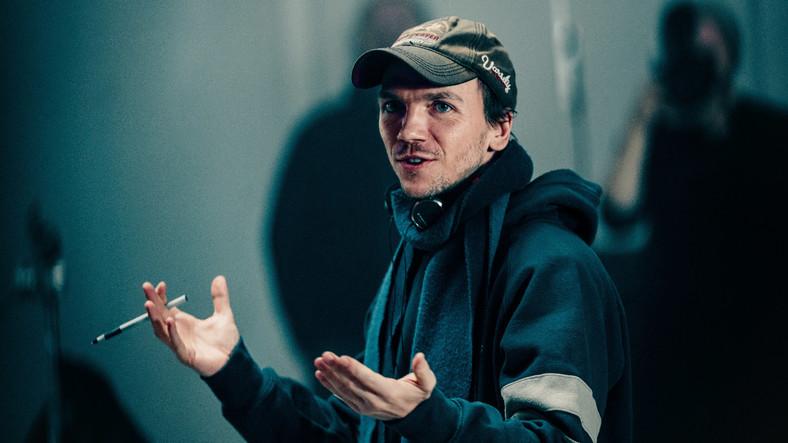 "Jan Komasa na planie filmu ""Sala samobójców. Hejter"""