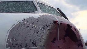 Kłopoty na lotnisku w Stambule: samoloty zderzały się z chmurą gradową