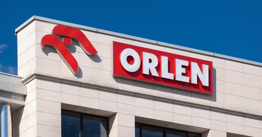 PKN Orlen przegrał rządowy przetarg na dostawy paliwa, bo... w ofercie firma nie umieściła odpowiedniego podpisu