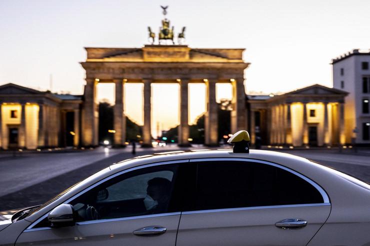 20200420 epa omer messinger berlin Di018623838 preview