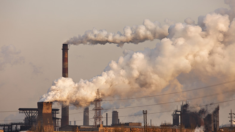 Rząd cieszy się z decyzji Brukseli w sprawie polskiej chemii