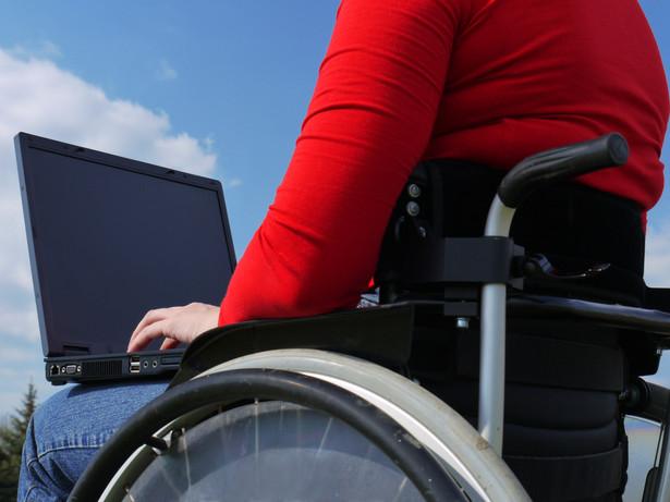 Spółdzielnię osób fizycznych mogą założyć osoby niepełnosprawne, bezrobotne, leczące się z uzależnień oraz byli więźniowie