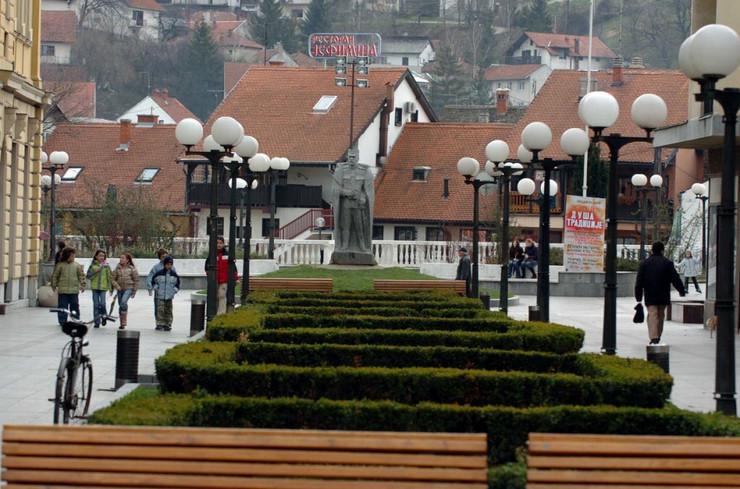 Valjevo centar sa javnom rasvetom_foto Predrag Vujanac