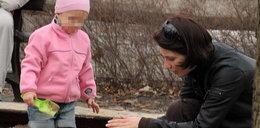 Dereszowska nie odrywa oczu od dziecka