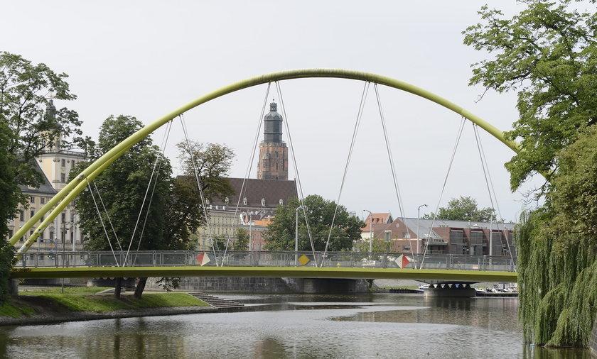 Kładka na wyspę Słodową we Wrocławiu