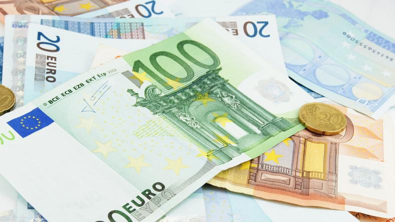 Inwestorzy rzucili się na polskie obligacje. Liczą na pokaźny zwrot