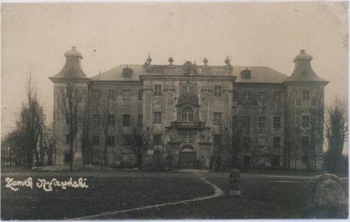 Zamek w Rydzynie na starej fotografii