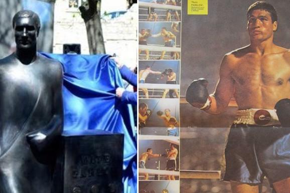 """""""Zar Parlov nije bio bokser?"""" HRVATSKA GLEDA I NE VERUJE """"Po čemu je ovo, pobogu, spomenik Mati!?"""""""