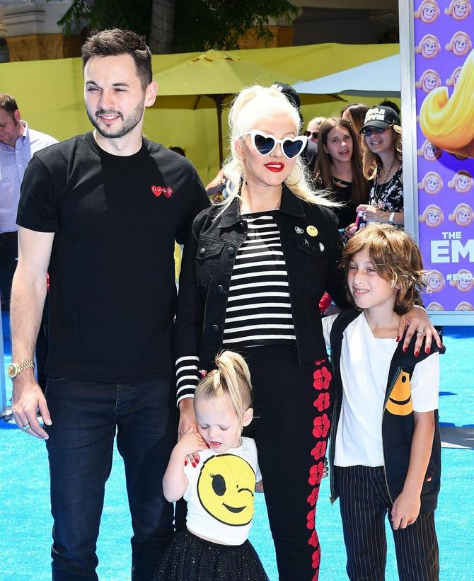 Kristina sa porodicom