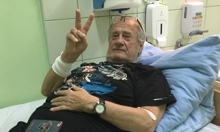 On pierwsi wyzdrowieli z covid. - Choroba nas nie złamała - mówi Zbigniew Książkiewicz.