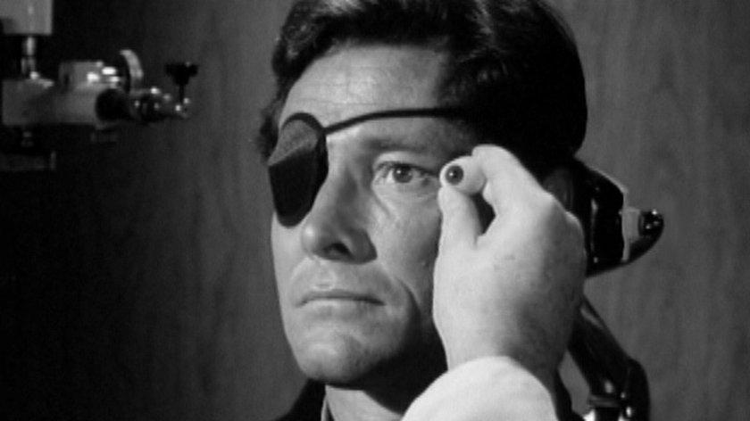 """William Smith nie żyje. Miał 88 lat. Popularność przyniosły mu role w """"Pogodzie dla bogaczy"""" i w """"Conanie Barbarzyńcy"""""""