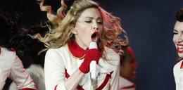Żenada. Madonna się spóźniła, a Narodowy świecił pustkami