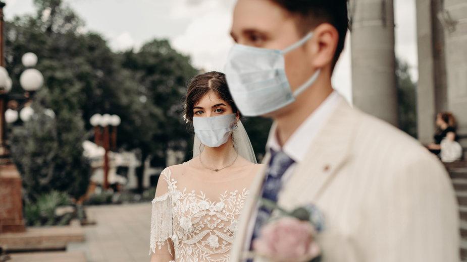 """""""Z powodu epidemii odwołaliśmy nasz ślub dwa razy. Nie wiemy, co dalej"""""""