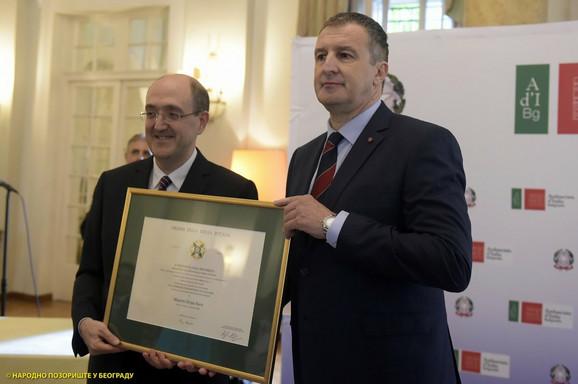Ambasador Italije Karlo Lo Kašo i Dejan Savić