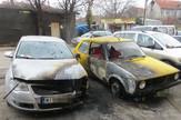 NIS01 Izgoreli pasat i golf u Ulici MIlenka Handzica foto Branko Janackovic