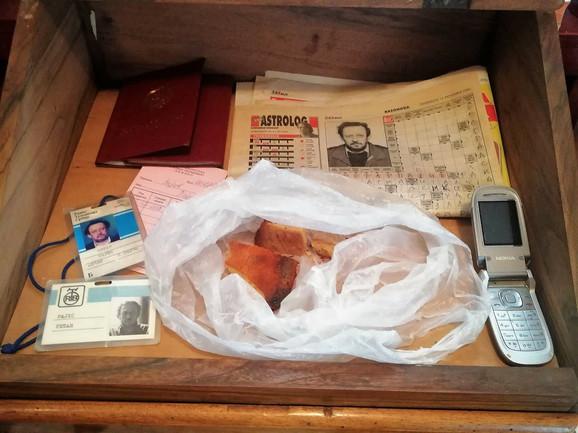 Komadi hleba koje je pekao Kavajin otac