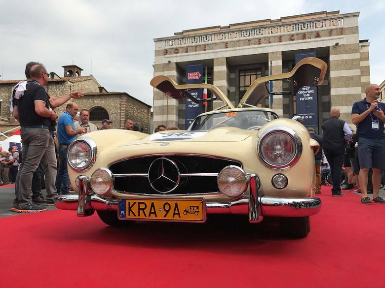 Mercedes 300 SL Gullwing z polską załogą w Mille Miglia