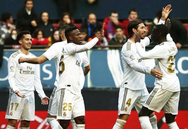 Fudbaleri Real Madrida slave pogodak