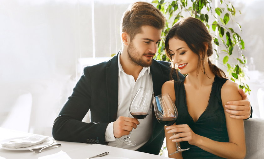Na pierwszej randce warto zadać kilka sondujących pytań