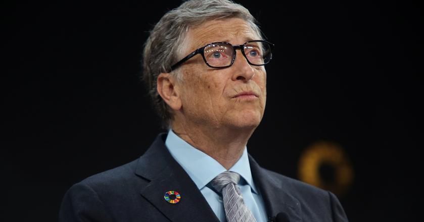 """Bill Gates poleca każdemu przeczytanie """"Enlightenment Now"""" Stevena Pinkera"""