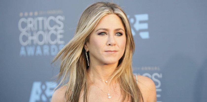 Jennifer Aniston nie zabrała prochów matki