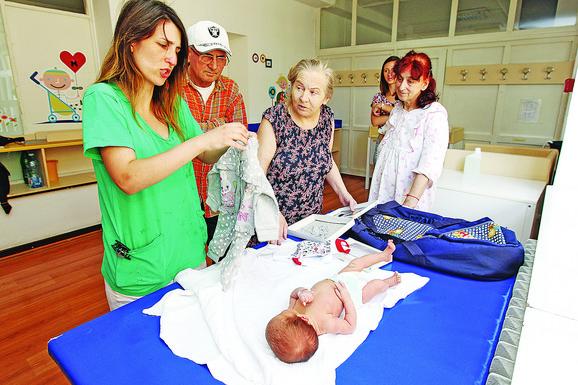 Atifa kaže da je znala da će biti veliki rizik po njeno zdravlje da rodi dete u tim godinama, ali nije htela da odustane
