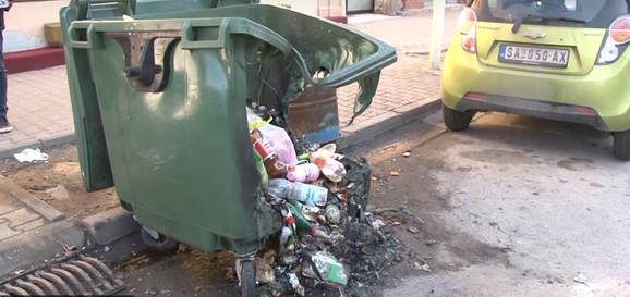 Paljenje kontejnera u Šapcu