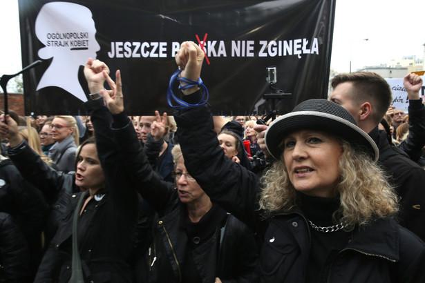 """""""Czarny poniedziałek"""" w Warszawie, PAP/Tomasz Gzell"""