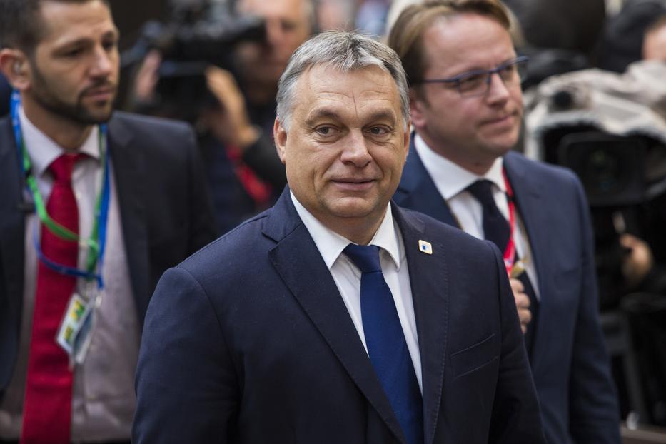 A járványhelyzet miatt Orbán Viktor csak akkor ölelheti magához az újszülöttet, ha Ráhel hazamegy a kórházból. / Fotó: GettyImages