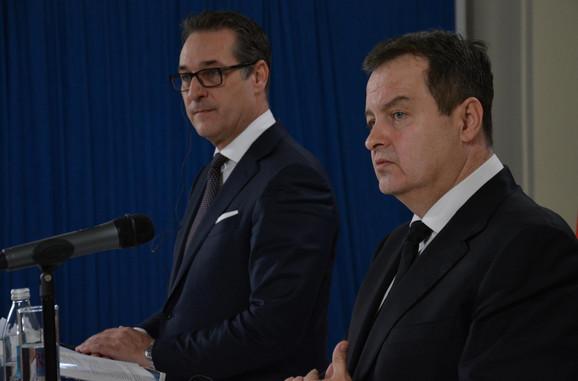 Hans Kristijan Štrahe i Ivica Dačić