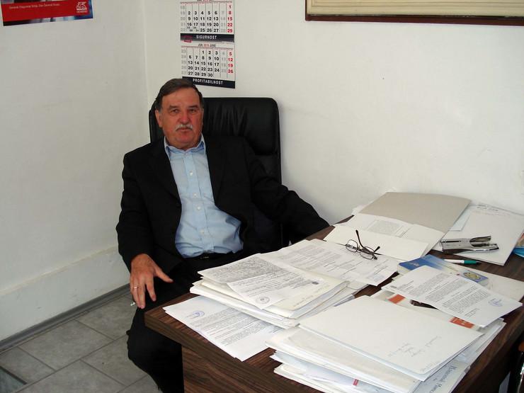 NIS01 advokat Stanimir Djuric zatrazio da se zaplene racunari izvrsnim sudijama koje su se oglasile nenadleznim foto Branko Janackovic