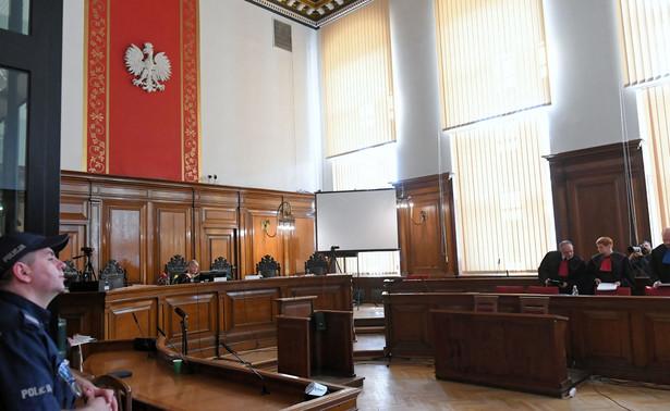 Prokuratura wniosła o kary po 25 lat więzienia dla oskarżonych twórców Amber Gold - Katarzyny i Marcina P. Ich obrońcy chcą uniewinnienia.