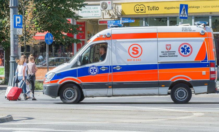 Nowa Sól. Nożownik dźgnął 15-latka na ulicy. Chłopiec trafił do szpitala