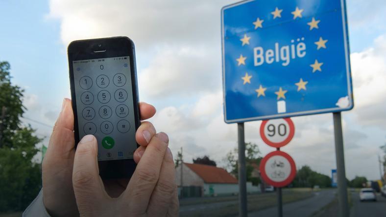 Przedwczesna radość ze zniesienia opłat roamingowych. Znowu będziemy płacić?