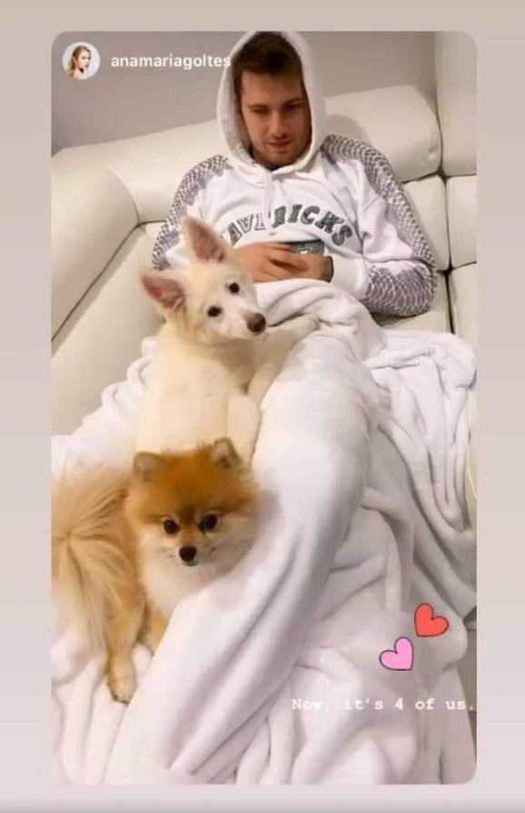 Luka Dončić sa psima na