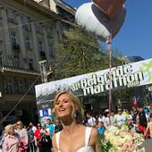 Šokirala sve na Beogradskom maratonu: Evo zašto je Jelena među trkače ušetala u VENČANICI