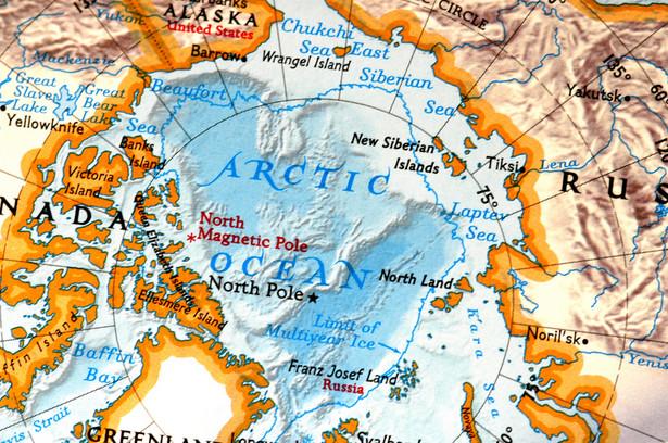 Mapa Arktyki, fot. Yanik Chauvin