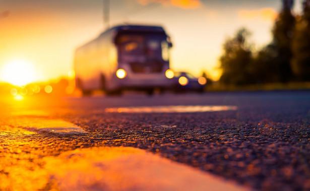Ministerstwo transportu poinformowało, że autokar został wyprodukowany w 2001 roku i nie miał aktualnych badań technicznych, które powinny zostać przeprowadzone w tym miesiącu.