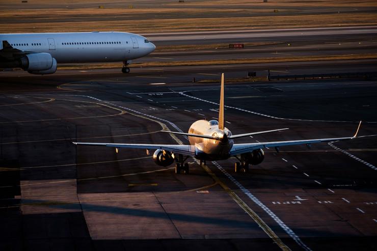 avion avioni