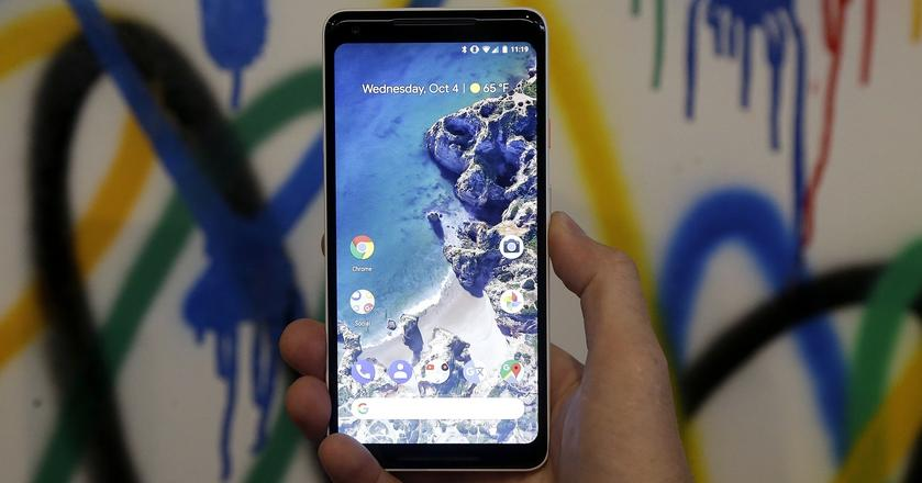 Google Pixel 2 zaprezentowany został oficjalnie 4 października 2017 roku