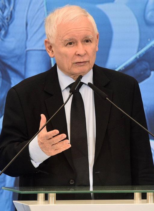 Kaczyński będzie tłumaczył się przed komisją obrony? Chodzi o 23 miliardy