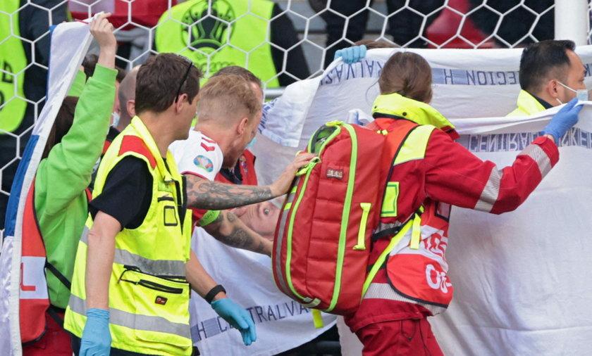 Christian Eriksen miał zawał podczas meczu.