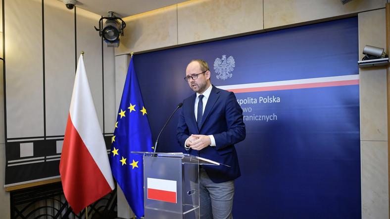 Podsekretarz stanu w Ministerstwie Spraw Zagranicznych Marcin Przydacz informuje, że trzy działaczki mniejszości polskiej, które były w areszcie w Mińsku, przyjechały do Polski.