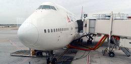 Pasażer sam naprawił ... boeinga!