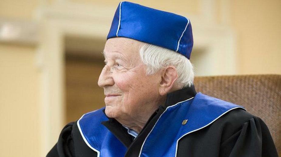 W 2021 roku będziemy obchodzić 100. rocznicę urodzin Tadeusza Różewicza