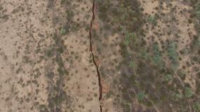 Na pustyni Arizona znaleziono gigantyczną szczelinę. Czy Ziemia się rozpada?