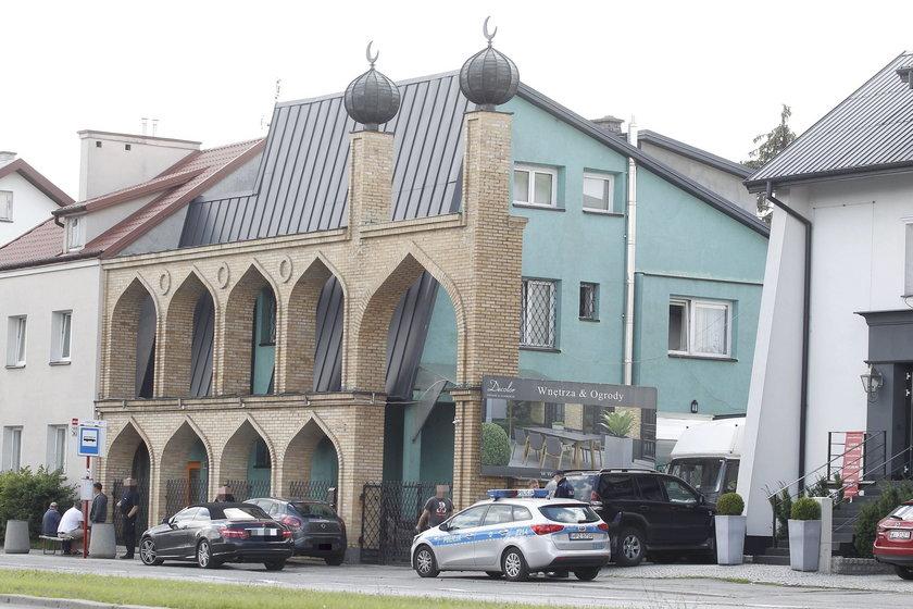 Awantura pod warszawskim meczetem. Interweniowała policja