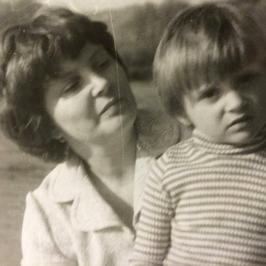 Dzień Matki: gwiazdy składają życzenia mamom. Zobaczcie, w jaki sposób!